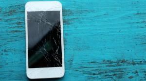 Sudužo telefono ekranas